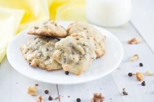 Banana Chocolate Walnut Cookies